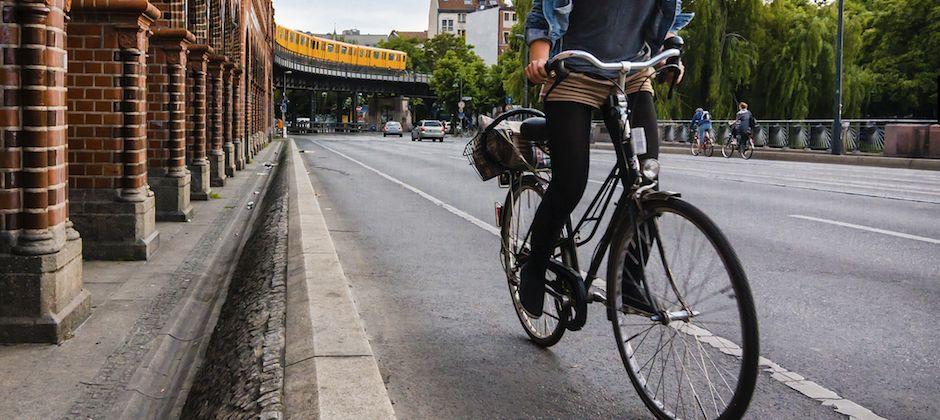 Je roule donc je suis: requiem pour une cycliste urbaine