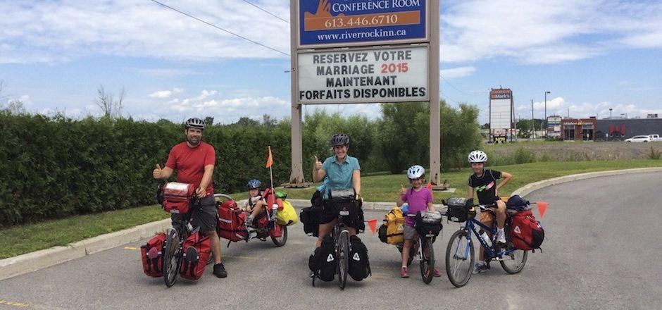 10 pieds sur terre: un tour du monde à vélo en famille
