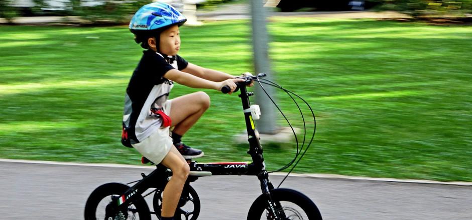 C'est la rentrée des classes. Le moment des bonnes résolutions et des nouveaux départs. Et si l'une d'entre elles était d'aller à l'école à vélo?