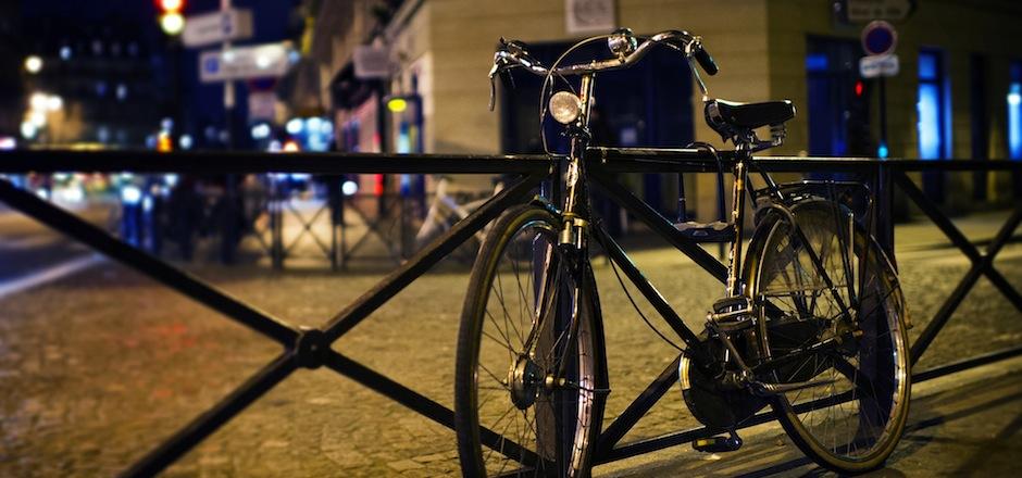 Voir et être vu: l'essentiel sur l'éclairage vélo en hiver