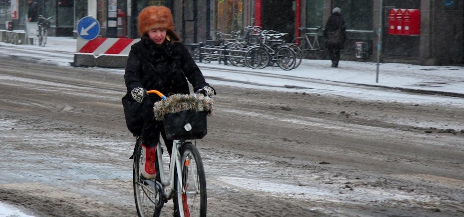 Il pleut, il neige… je fais comment pour rouler à vélo l'hiver?
