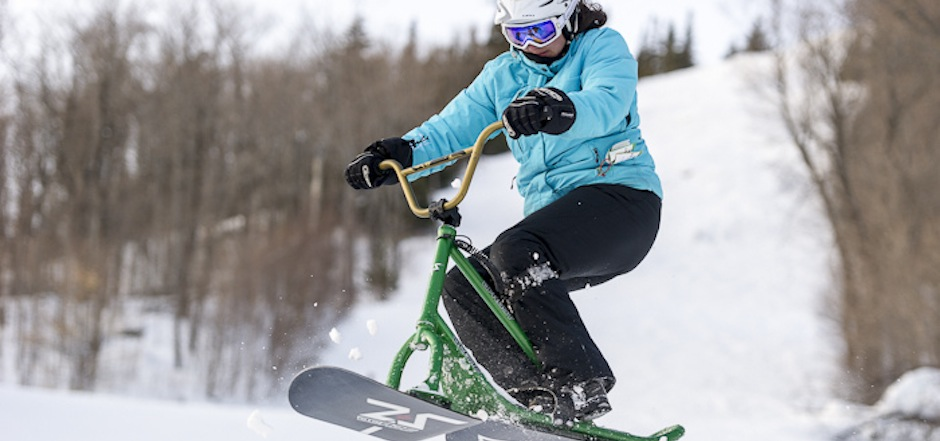 3 façons de faire du vélo sur neige