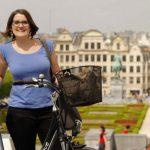 Focus sur Virginie, jeune entrepreneuse et organisatrice de visites à vélo électrique. À la découverte de parcours cyclistes originaux et uniques.