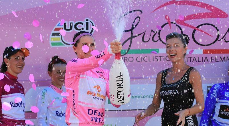 Du 3 au 12 juillet 2015, le Giro Rosa se met en selle à travers la Slovénie et l'Italie.