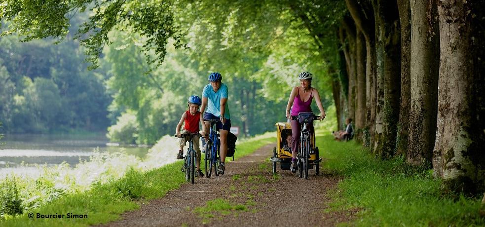 Passer les vacances de la Toussaint en famille en vélo