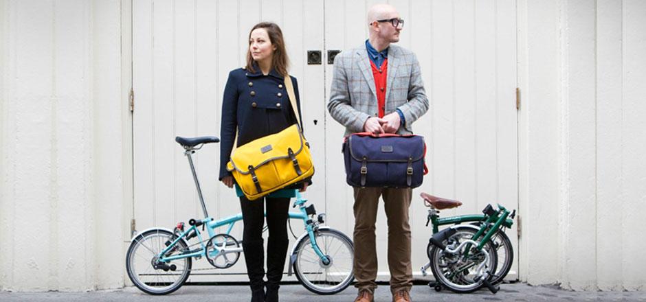 Ville durable et mini-vélo pliant: branché et polyvalent