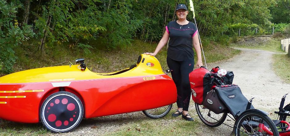 Le vélo couché fait de plus en plus d'adeptes. Au tour de Laure d'essayer de vous convaincre en vous dévoilant ses 5 bonnes raisons d'y passer!