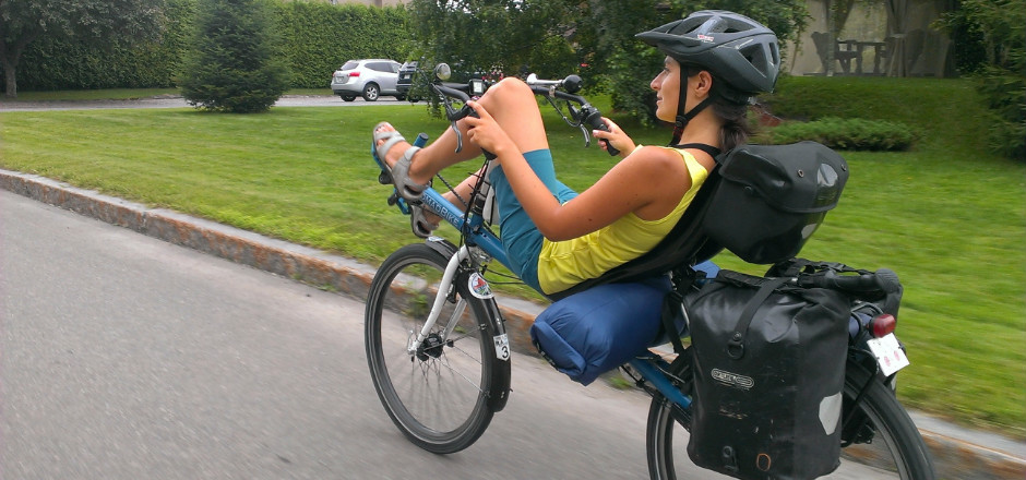 Le vélo couché en voyage reste un mythe qu'on espère percer un jour sans oser franchir le pas. Après un voyage de 4000 km, Laura nous livre ses impressions!