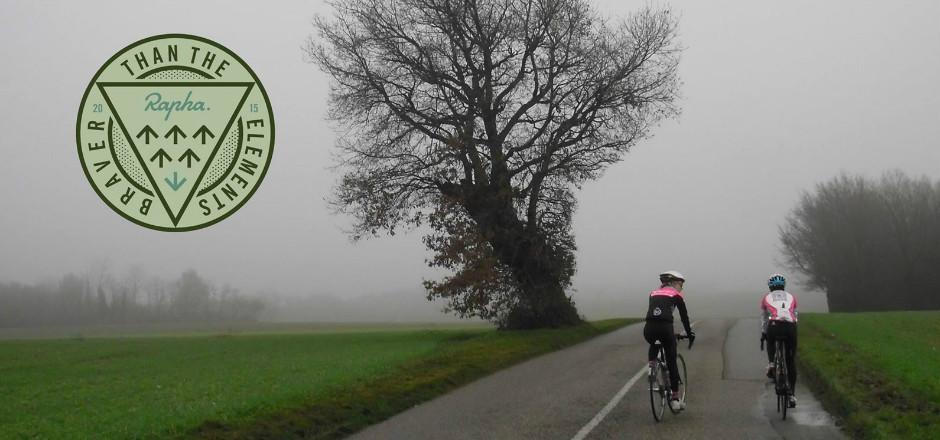 """Le 12/12/2015, participez à l'événement Rapha """"Braver than the elements"""" et montrez qu'on peut rouler à vélo même par mauvais temps!"""