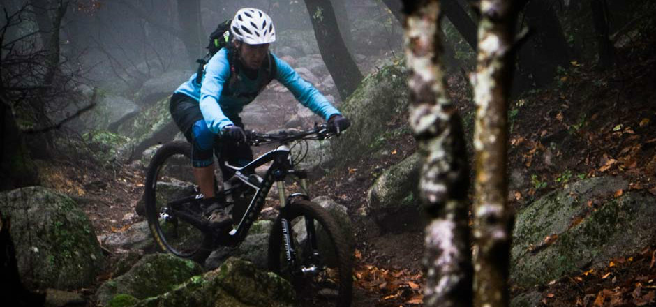 Prof en Bretagne, Magali Piederrière aime le vélo. Fan de VTT, de montagne, elle ne rechigne pas à la route parfois et vient de constituer un groupe de filles pour rouler… En Bretagne.