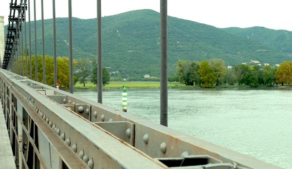Pont de Donzere sur la ViaRhona