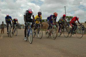 Solidarité cycliste autour d'un club burkinabé