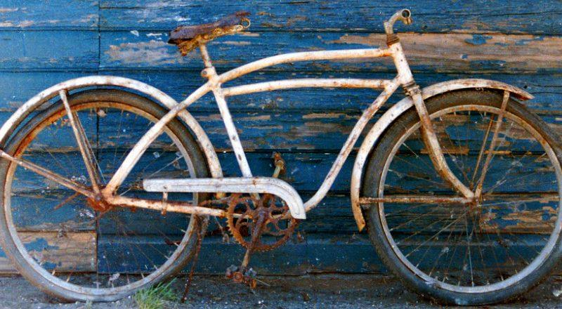 Et le parrainage vélo, vous y avez déjà pensé? Devenir parrain d'un vélo, c'est sauver un deux roues voué à disparaître pour lui donner une nouvelle vie!