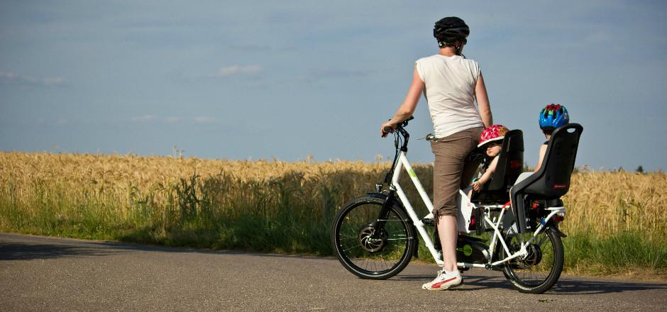 Apprenez à monter votre vélo électrique Bike43 grâce aux Ateliers Vélo de la rue Voot! Un vélo modulable pour transporter vos enfants ou vos courses!