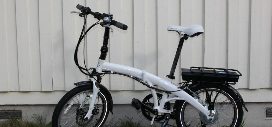 Le monde automobile et le secteur cycliste se rejoignent en bien des points… Notamment sur le thème de la mobilité électrique et branchée!