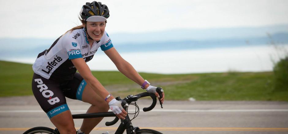 L'ultracyclisme ou l'art de faire de très longues distance à vélo a séduit Jessica Bélisle. Elle nous raconte tous ses exploits dans une interview!