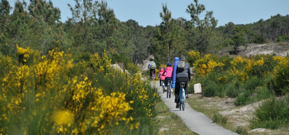 Les vacances à vélo en famille, c'est l'assurance de passer de bons moments, en plein air. Organisez vos périples en suivant nos conseils!