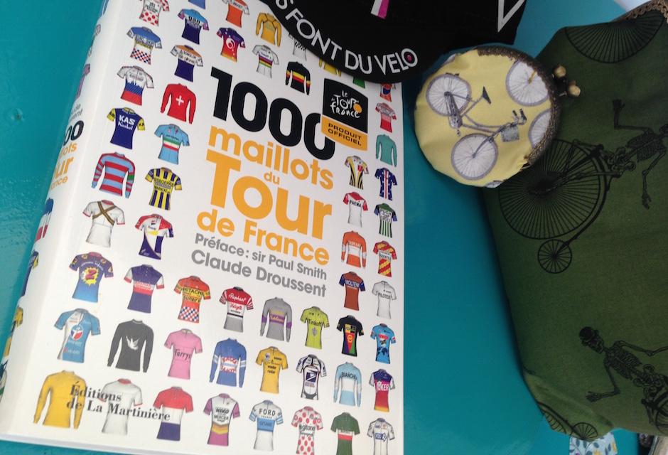 Livre 1000 maillots du Tour de France par Claude Droussent