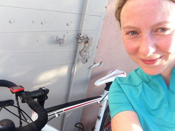 Maja débute sur un vélo de route