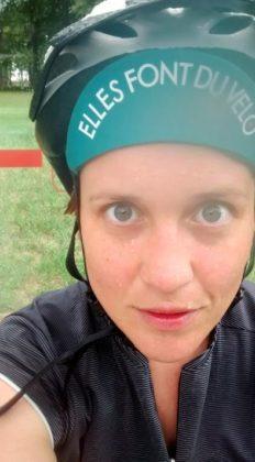 Marie-Claude à vélo