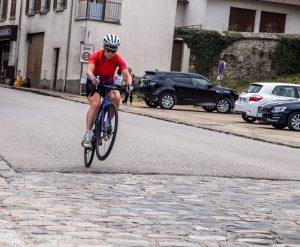 Tentative de Wheeling avec le vélo Specialized Ruby 2017. N'est pas Danny Mc Askill qui veut!