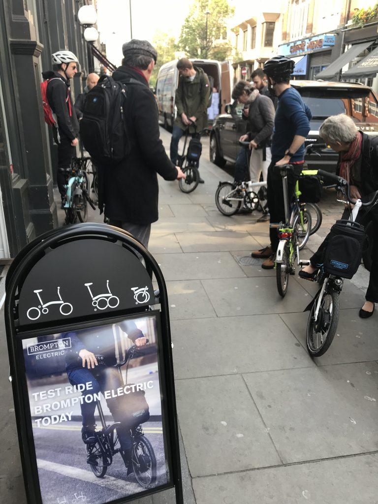 Prise en mains des vélos Brompton électiques à Londres