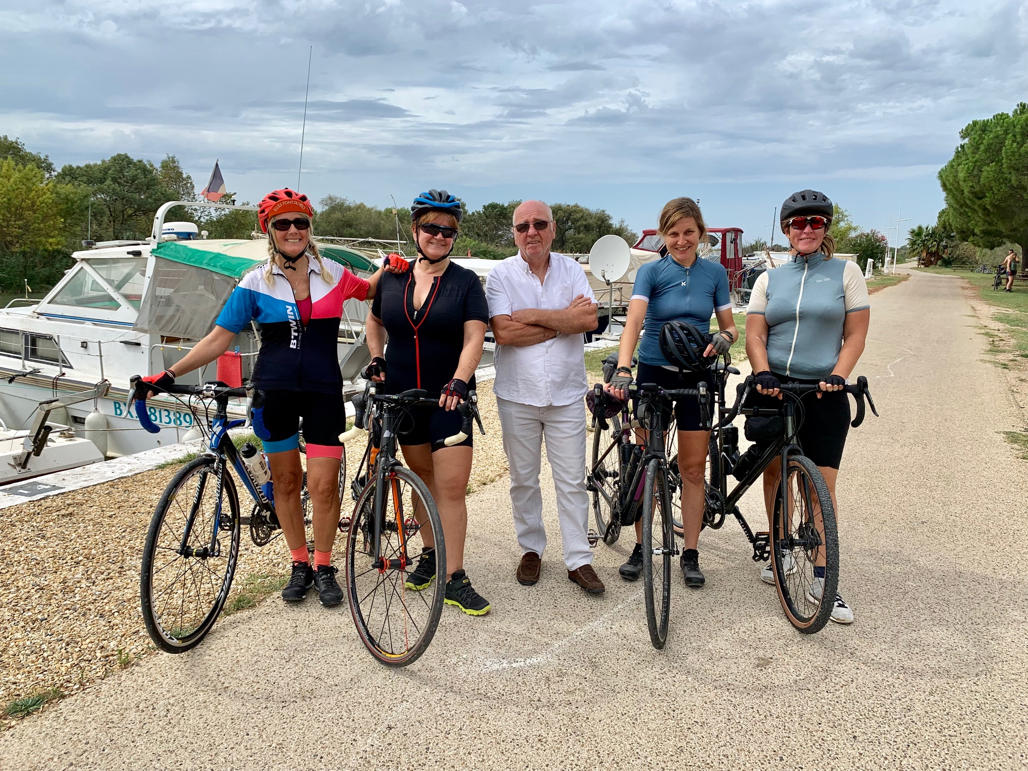 ride rapha women's 100 port petite camargue