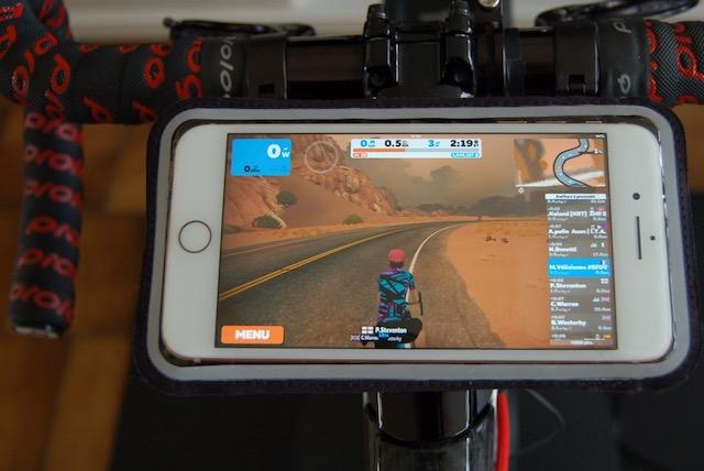 support smartphone magnétique pour vélo Shapeheart