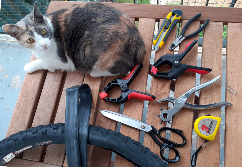 outils pour fabriquer une sacoche vélo