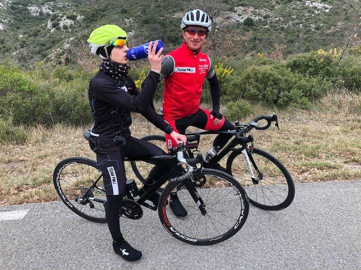 Boire de l'eau pendant le sport