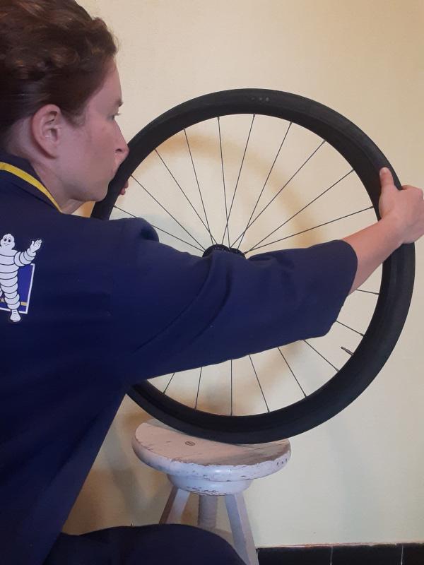 réparer une crevaison d'un pneu vélo en beauté