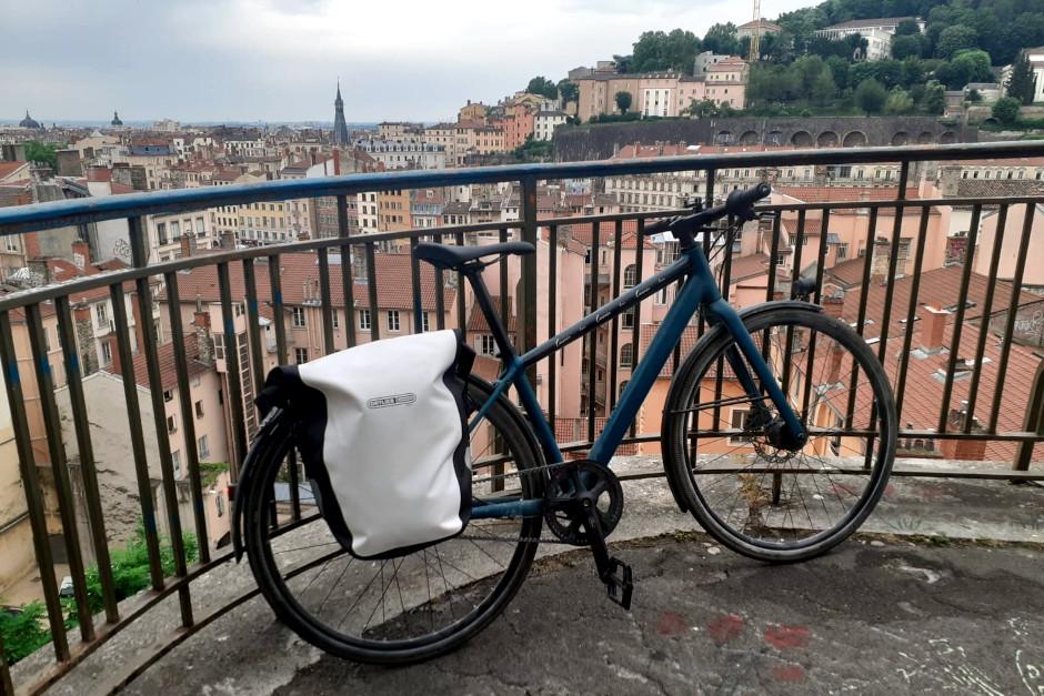 sacoches vélo arrière de la célèbre marque Orlieb de jour