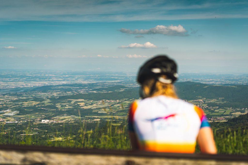 Tour de la Loire féminin ride with a view